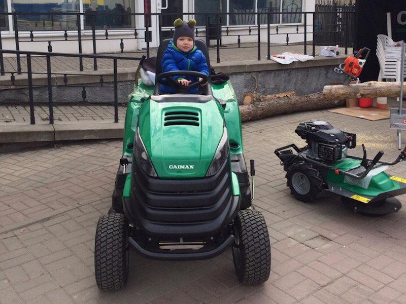 Трактор Caiman Comodo на вставке в Белгороде