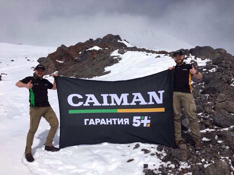 Флагом Caiman на Эльбрусе
