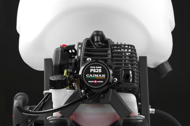Бензиновый двигатель садового распылителя Caiman Fog King PS25